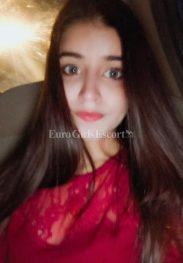 Tanisha Khan