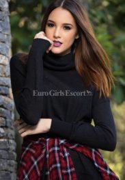 Naomi , agency AAA models